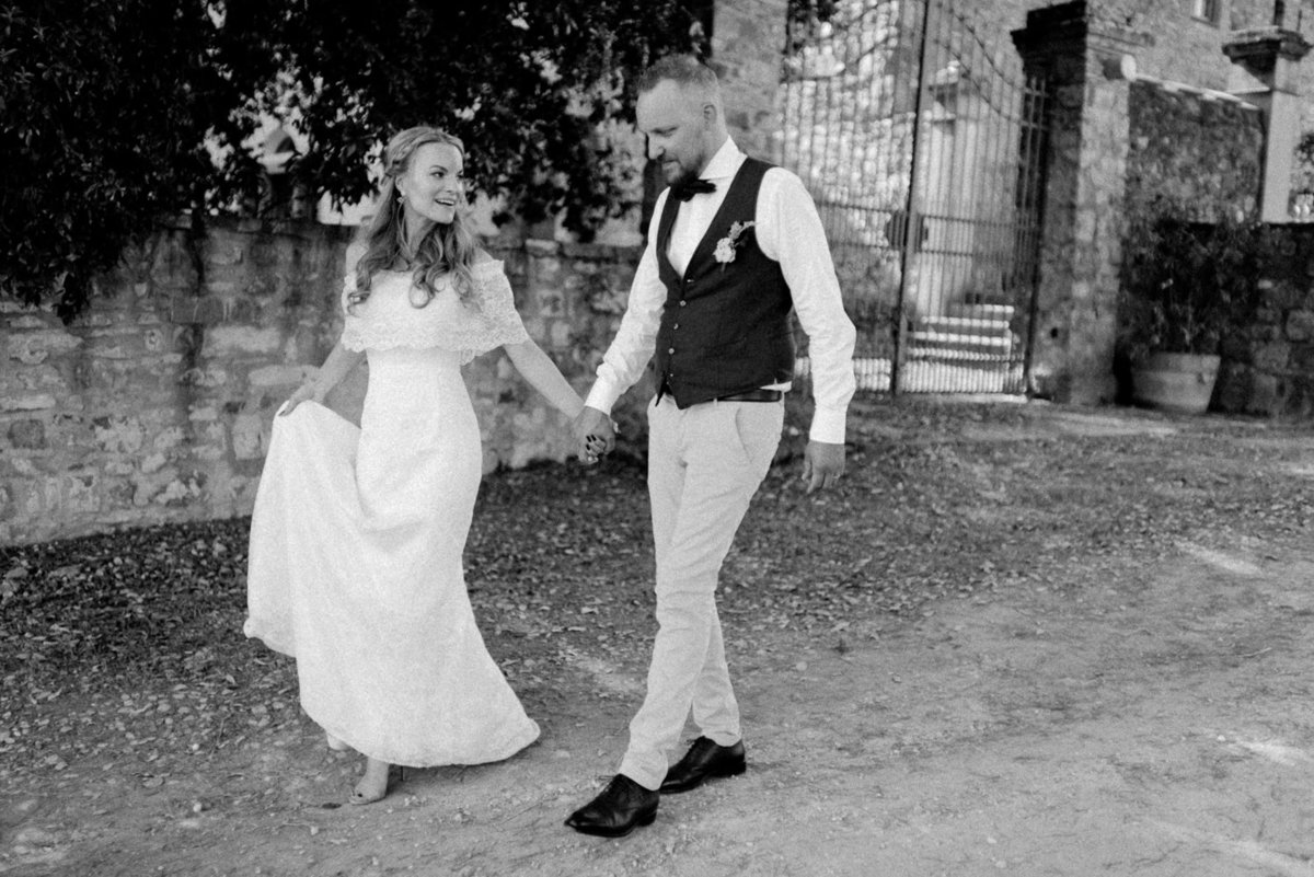 Intimate_Wedding_Photographer_Tuscany_Flora_and_Grace (117 von 227)