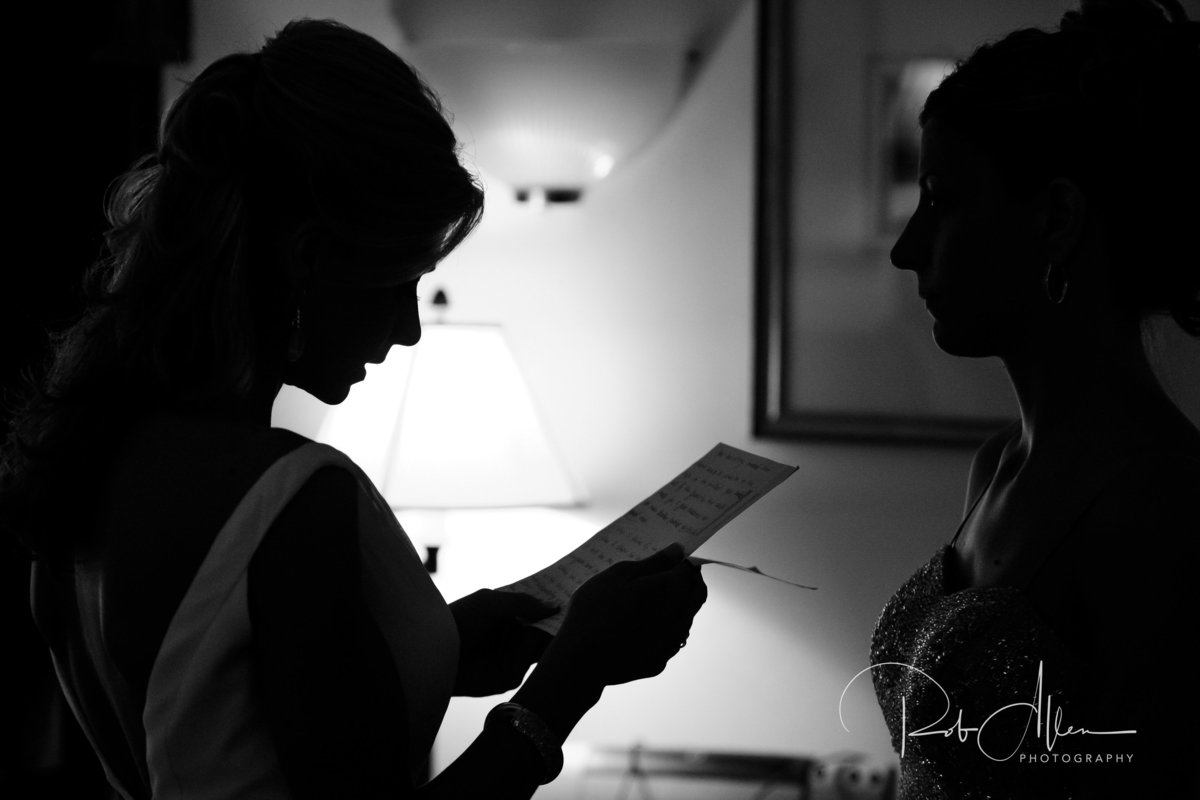 roballenphotography-bride-getting-ready-groom-letter