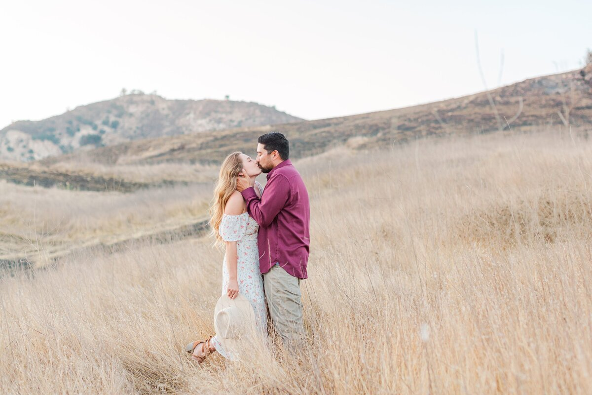 blog-Malibu-State-Creek-Park-Engagament-Shoot-boho-0078