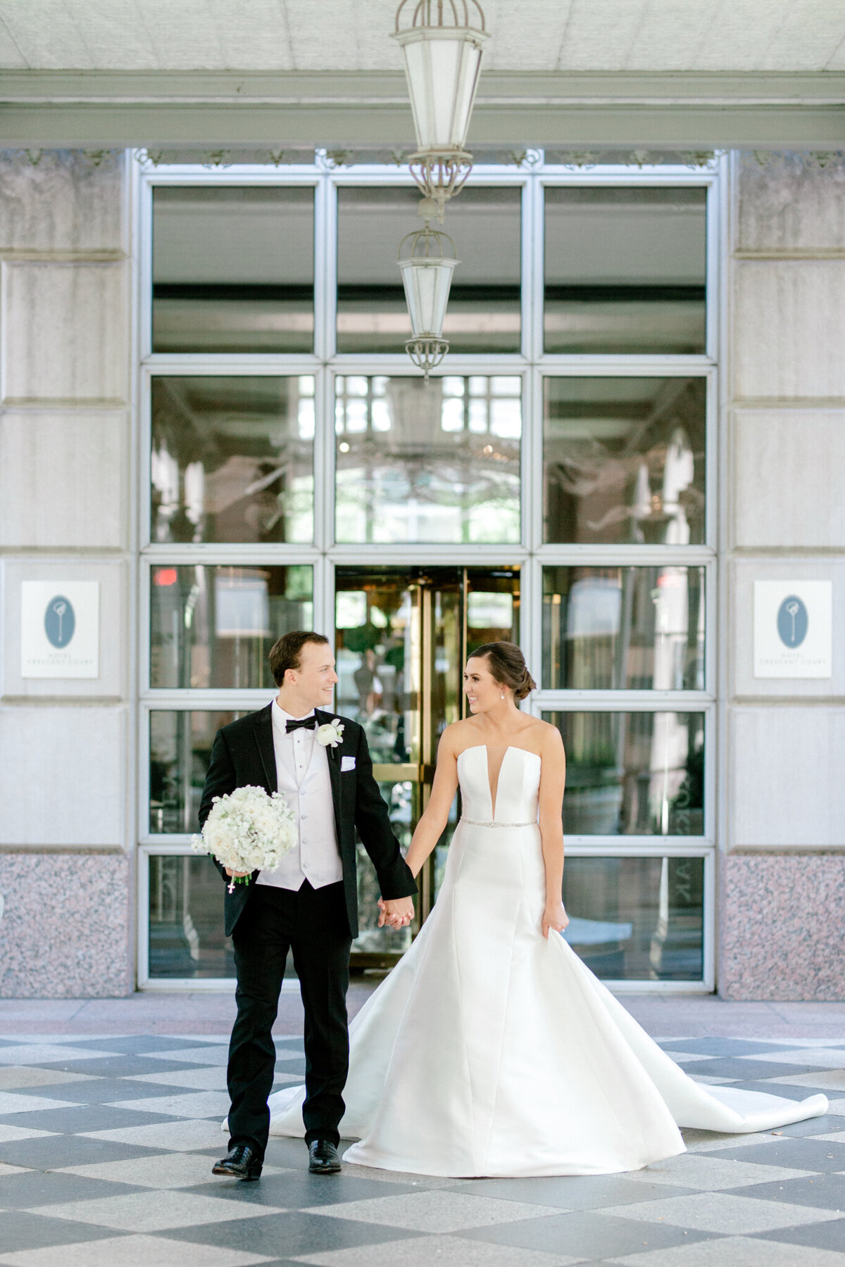 Wedding at the Crescent Court Hotel and Highland Park United Methodist Church in Dallas | Sami Kathryn Photography | DFW Wedding Photographer-66