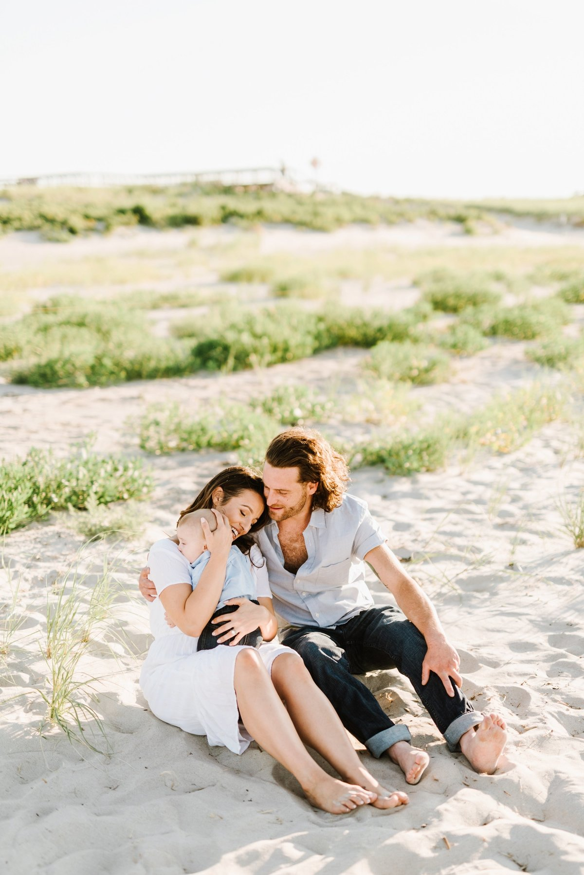 crane-beach-family-session-boston-lifestyle-newborn-photographer-photo_0001