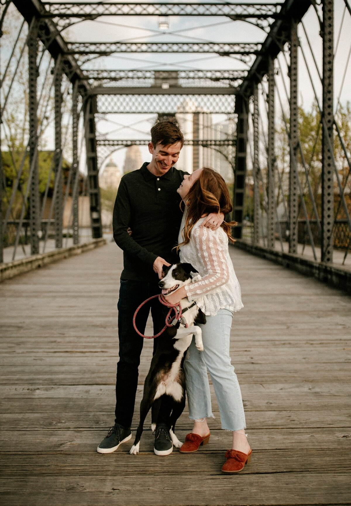 meg-thompson-photography-promenade-park-downtown-fort-wayne-engagement-session-megan-logan-2