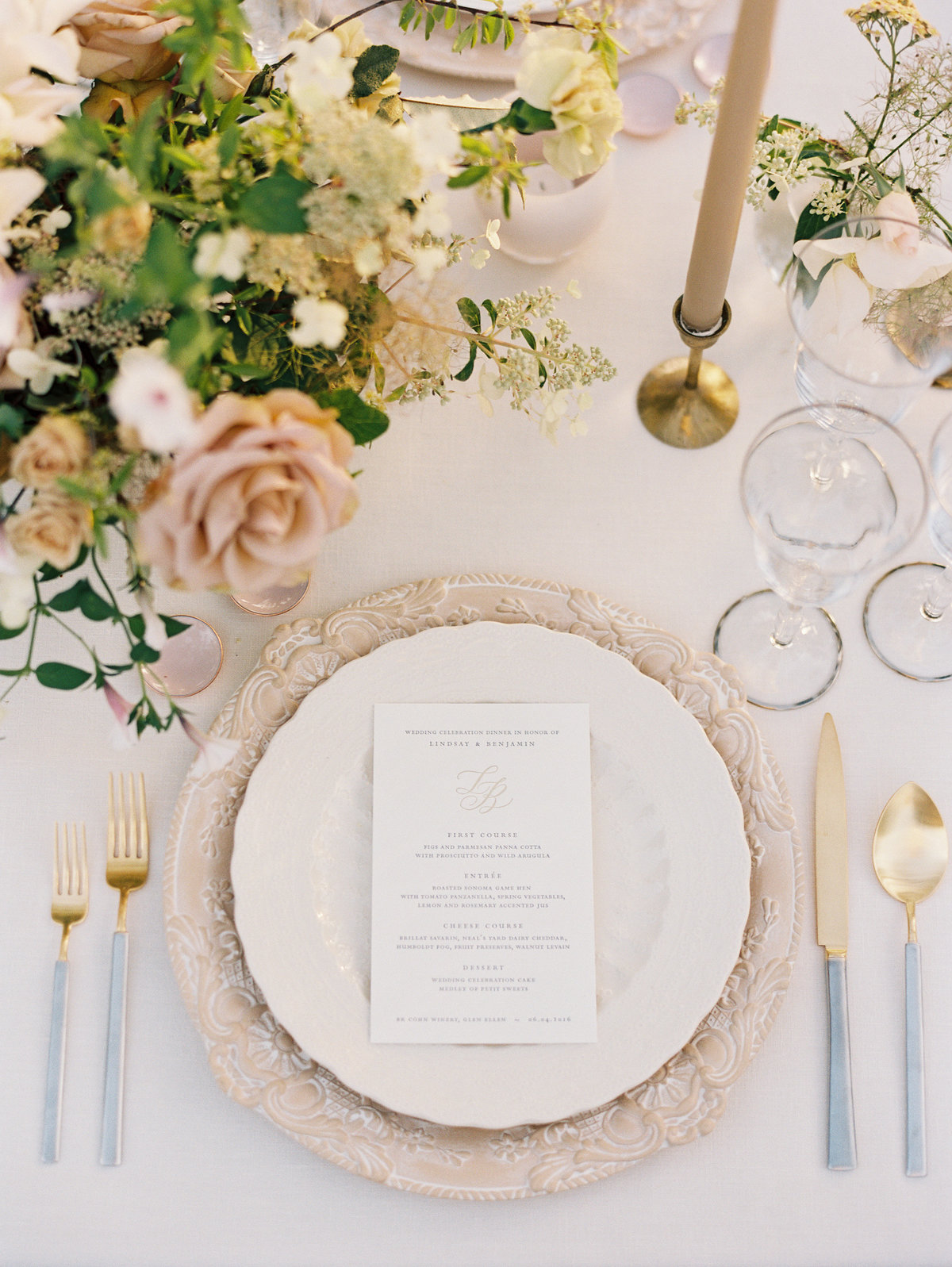 Tablescape for wedding by Jenny Schneider Events in Napa Valley, California. Photo by Eric Kelley Photography.