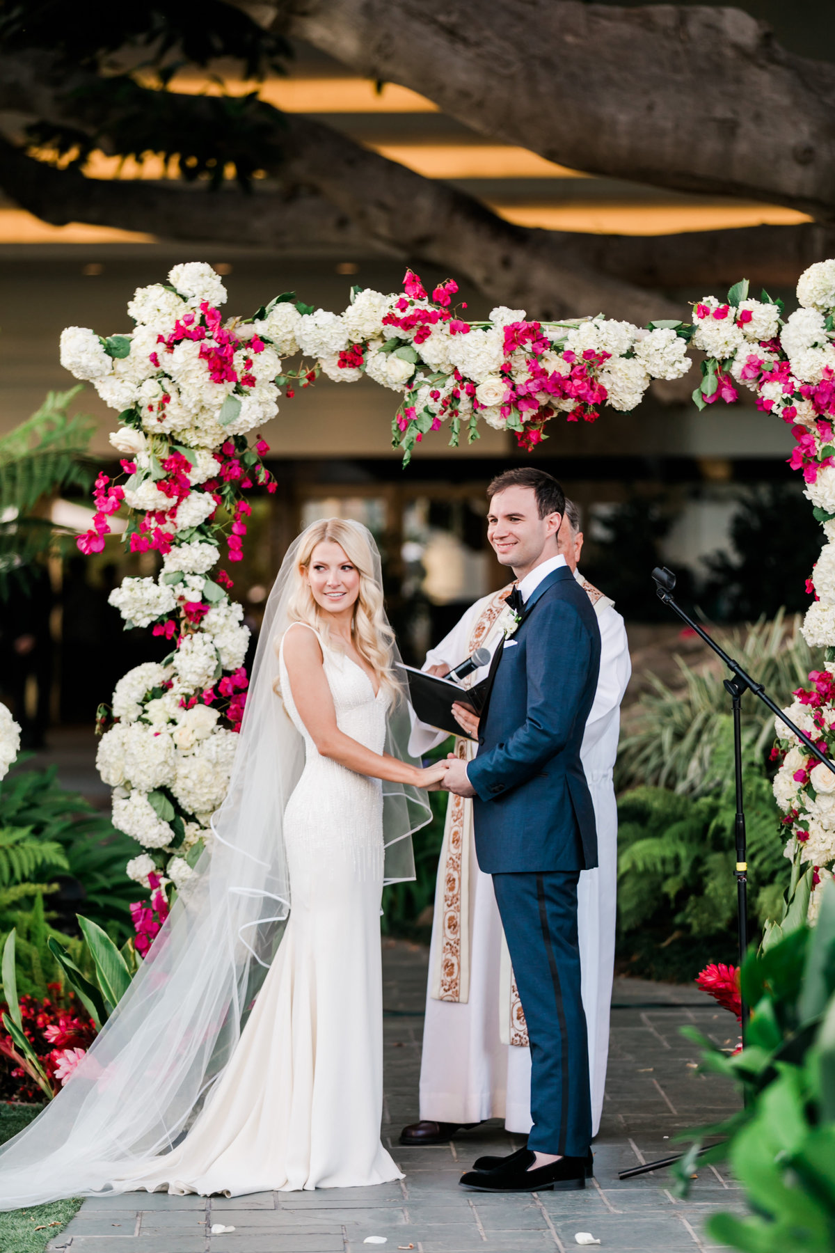 Tropical_Modern_Fairmont_Santa_Monica_Navy_Pink_Wedding_Valorie_Darling_Photography - 83 of 146