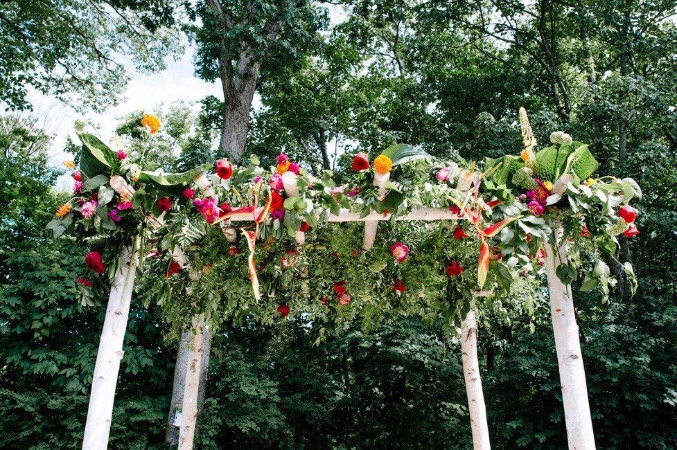 301-colorful-fiesta-backyard-wedding-ct-wedding-planner-977x650