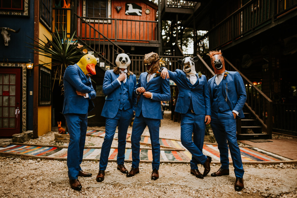 casa rio de colores vibrant wedding