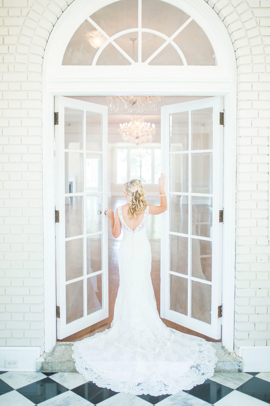 bridals_french_doors_separk_mansion_wedding