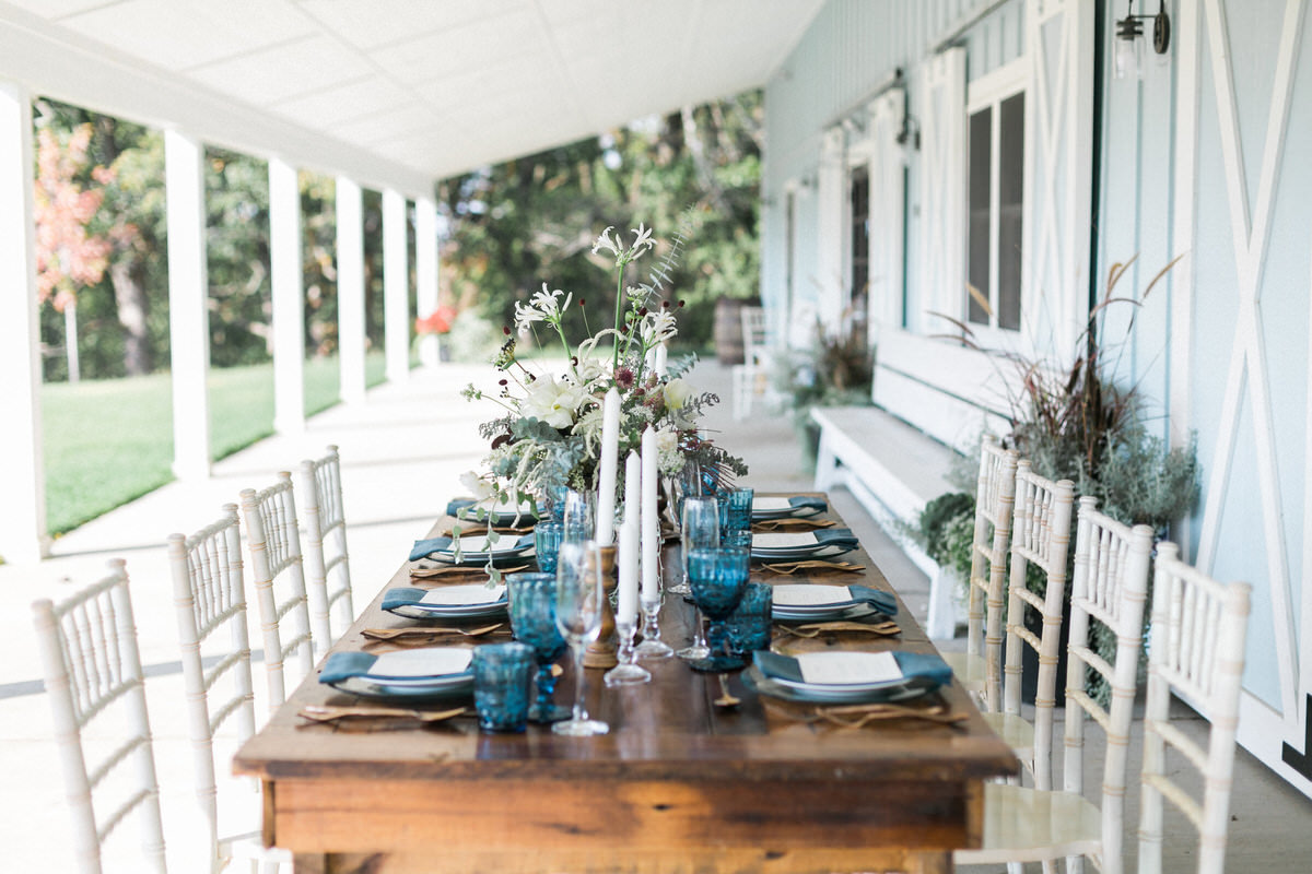 southern tablescape, blue water glass, southern wedding