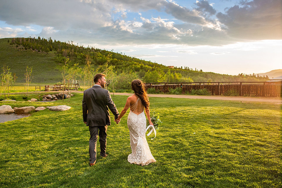 Strawberry-Creek-Ranch-Wedding-Ashley-McKenzie-Photography-Summer-love-on-the-ranch-Walking-into-the-sunset