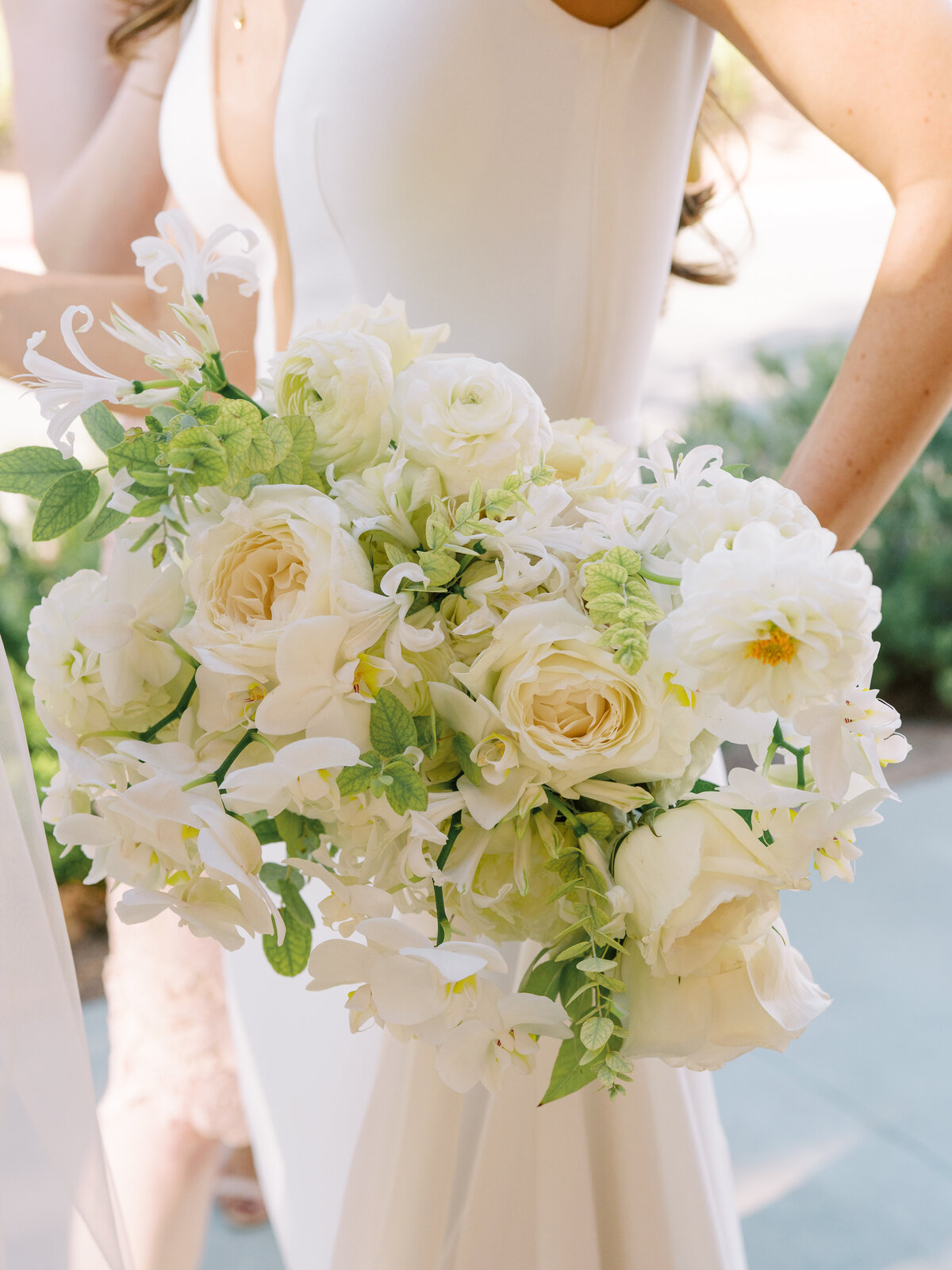 white-and-green-bridal-bouquet