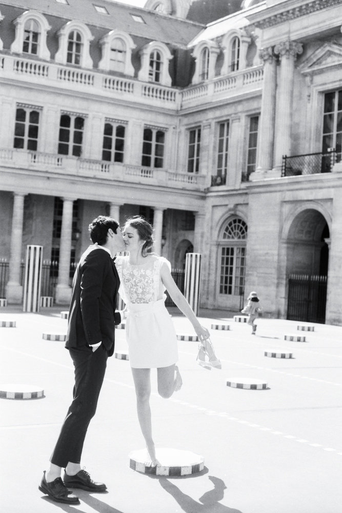 Paris_engagement_photos_palais_royal_gabriella_vanstern_ (8)