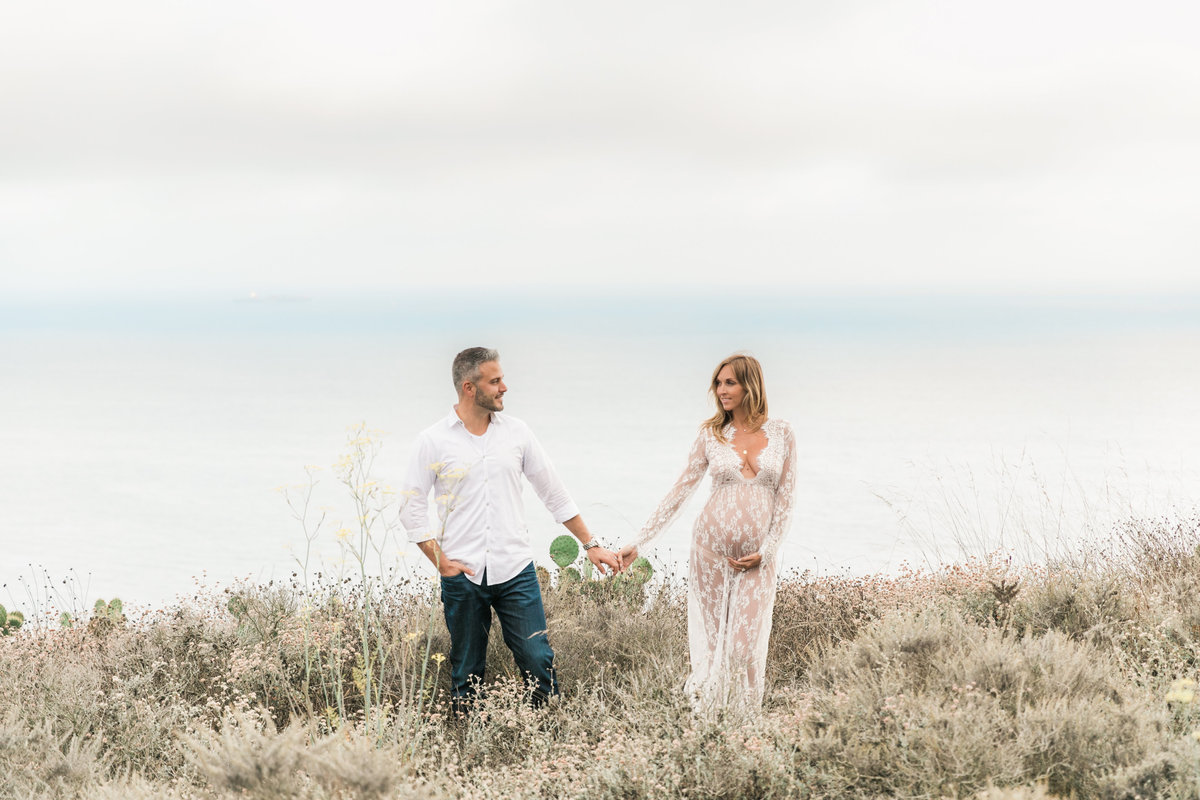 Southern California Coastline Maternity Session_Valorie Darling Photography-6446