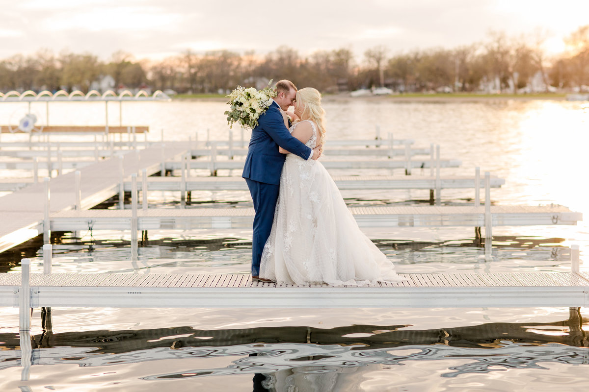 Lake wedding Detroit Lakes