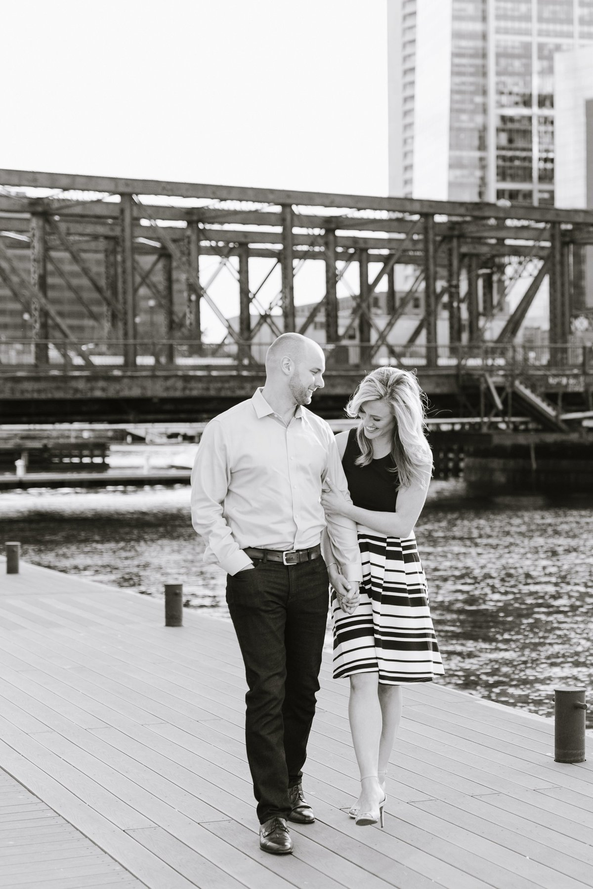 seaport-district-beacon-hill-engagement-session-boston-wedding-photographer-photo_0004