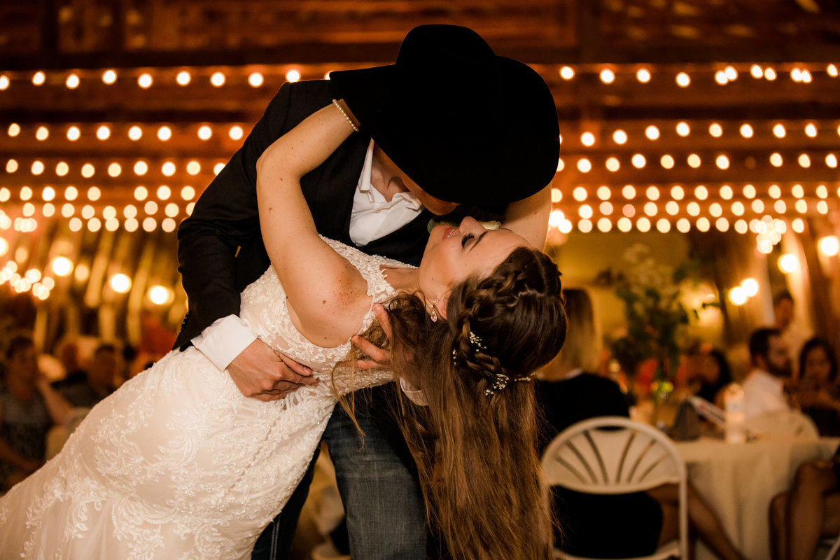 Nsshville Bride - Nashville Brides - The Hayloft Weddings - Tennessee Brides - Kentucky Brides - Southern Brides - Cowboys Wife - Cowboys Bride - Ranch Weddings - Cowboys and Belles163
