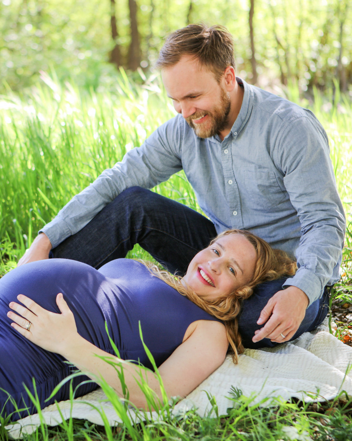 Maternity, showing the belly photoshoot in Palo Alto, CA