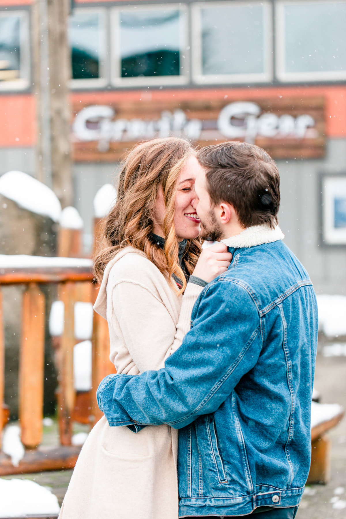Snoqualmie Engagement Session-Alexa and James Tia LaRue Photography_0007