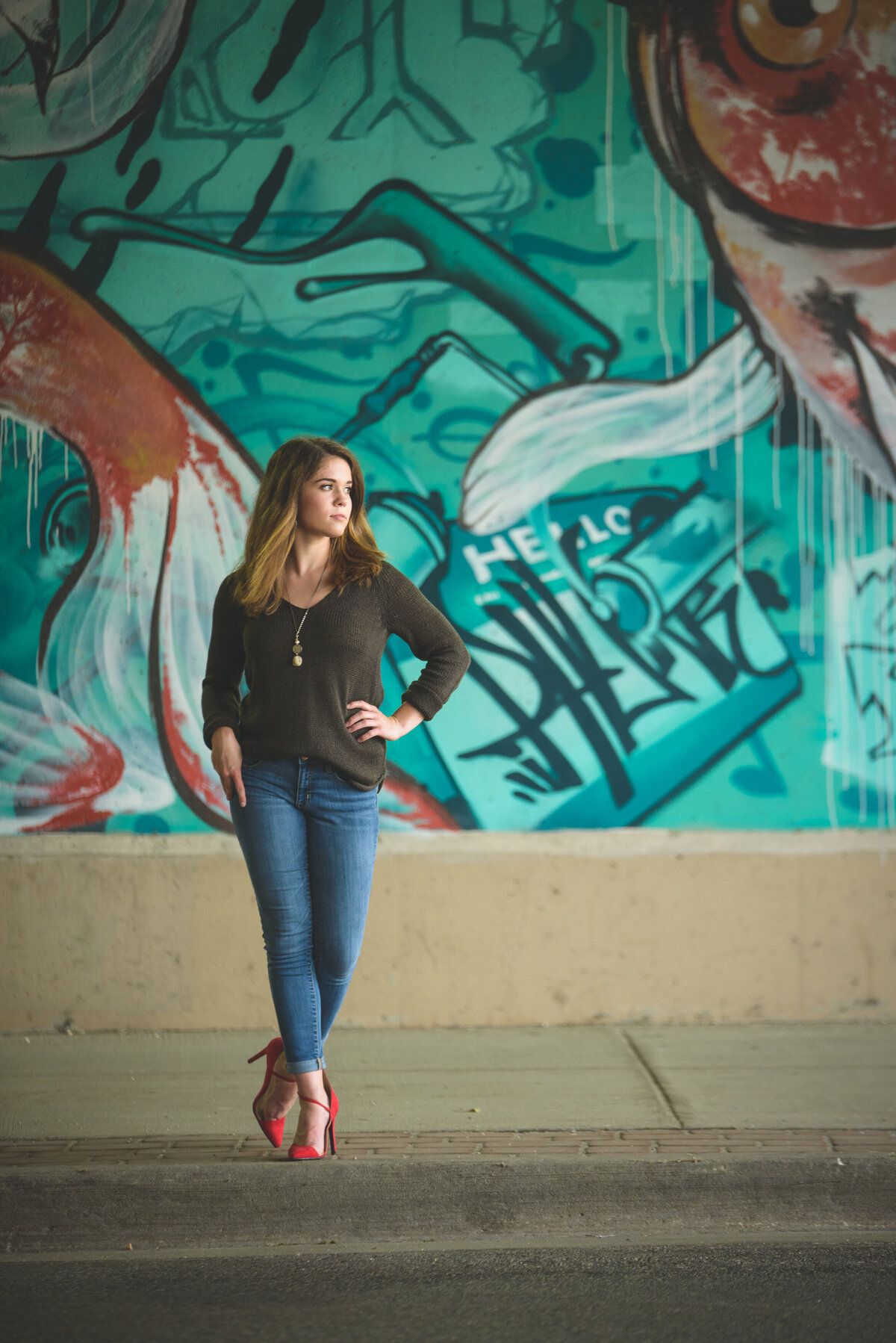 Holland-MI-Downtown-Senior-Pictures-11