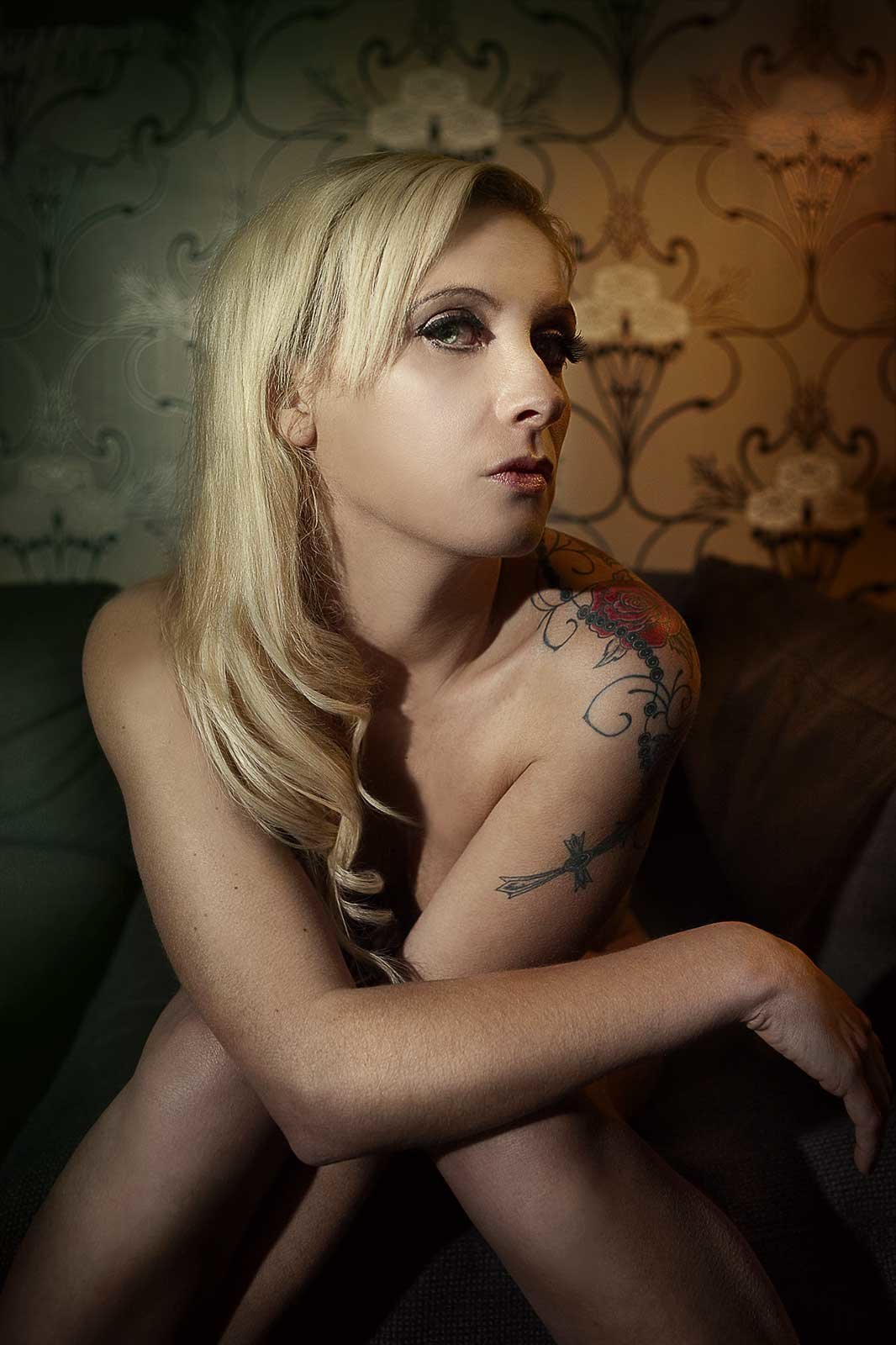 Tattoo-Girl-Portrait-Jan13-0060-edit