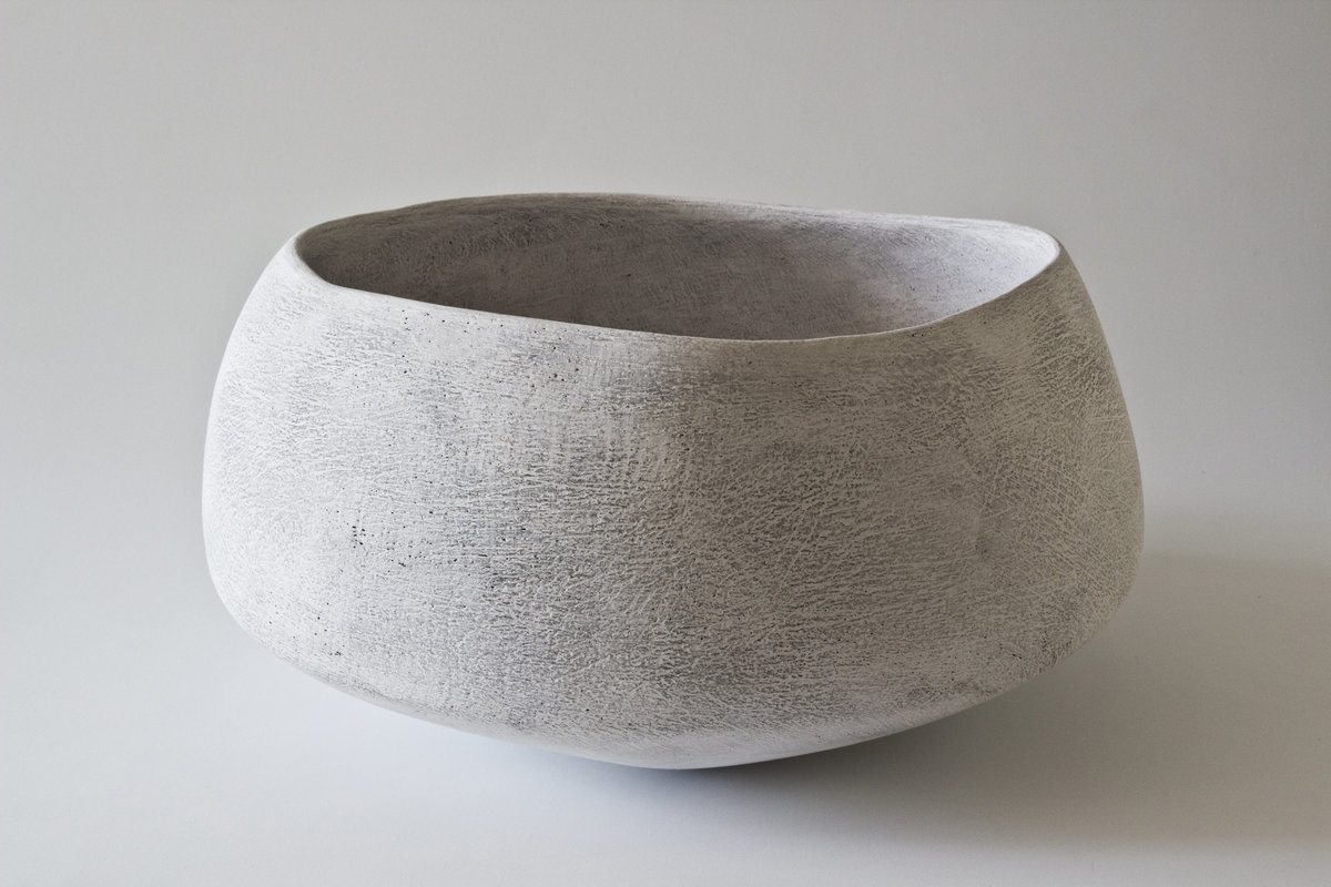 Yasha-Butler-Ceramic-Sculpture-Bowl-White-Lithic_4-3500px