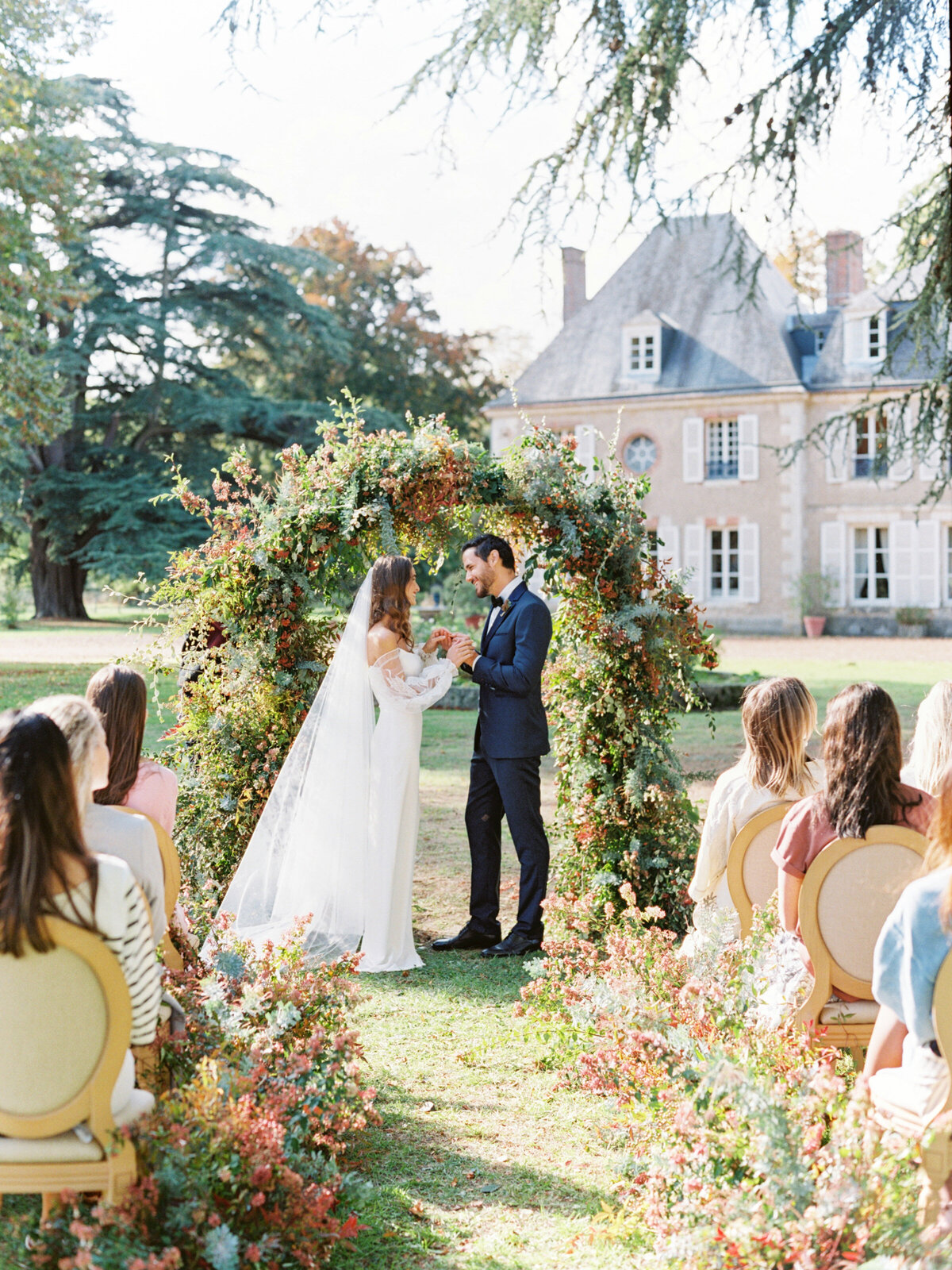chateau-bouthonvilliers-wedding-paris-wedding-photographer-mackenzie-reiter-photography-29