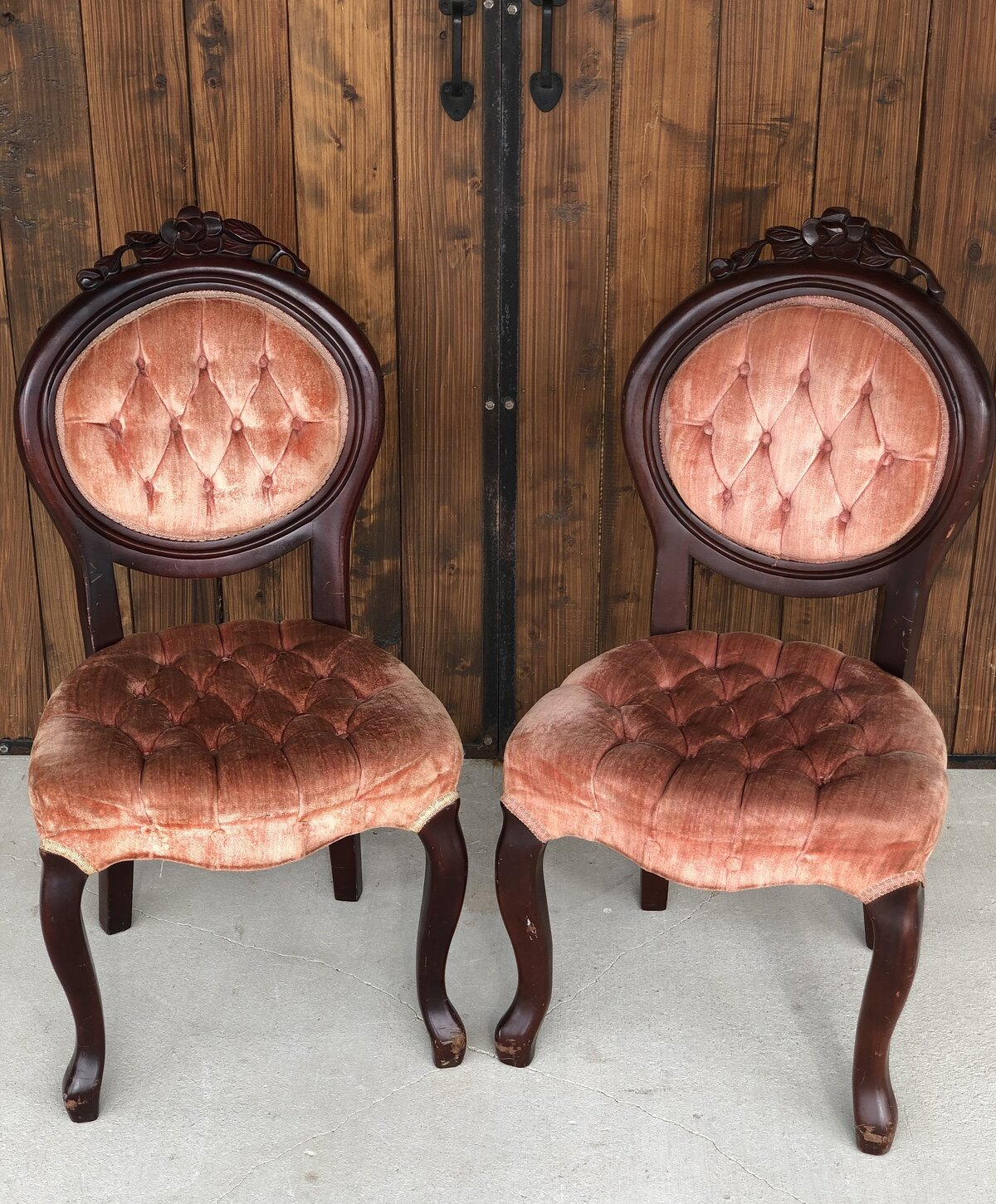 Peach Chair Set