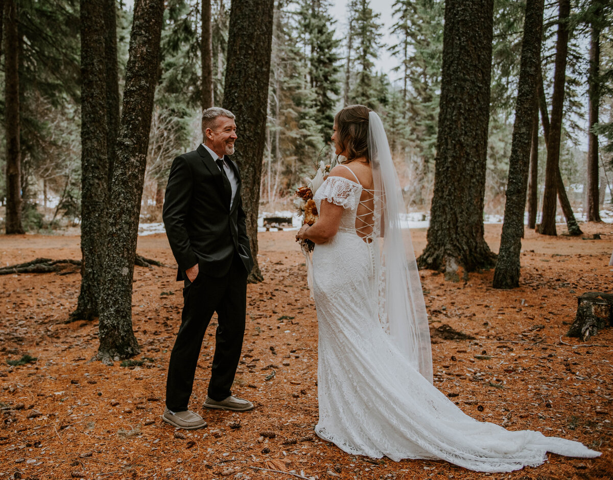 suttle-lake-sisters-oregon-lodge-woods-vow-renewal-photographer-wedding-elopement-2493