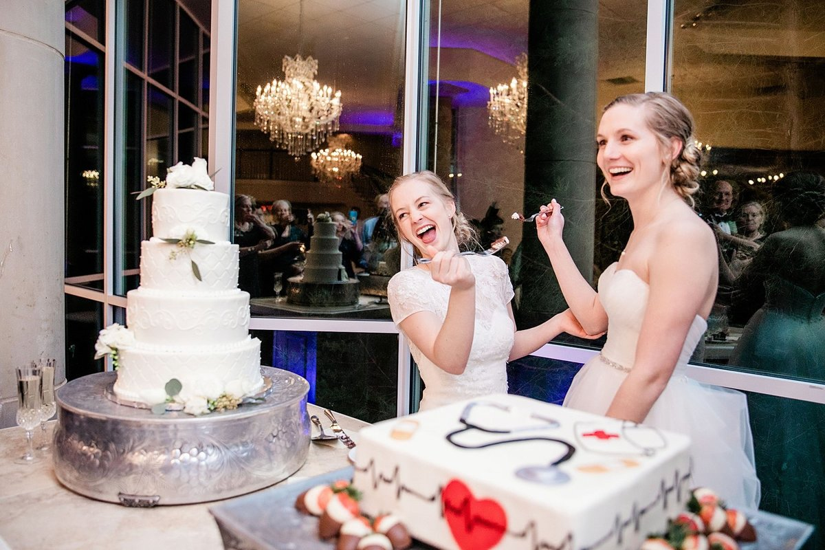 Same-sex-Dallas-wedding-photogrpaher-Julia-Sharapova_0037