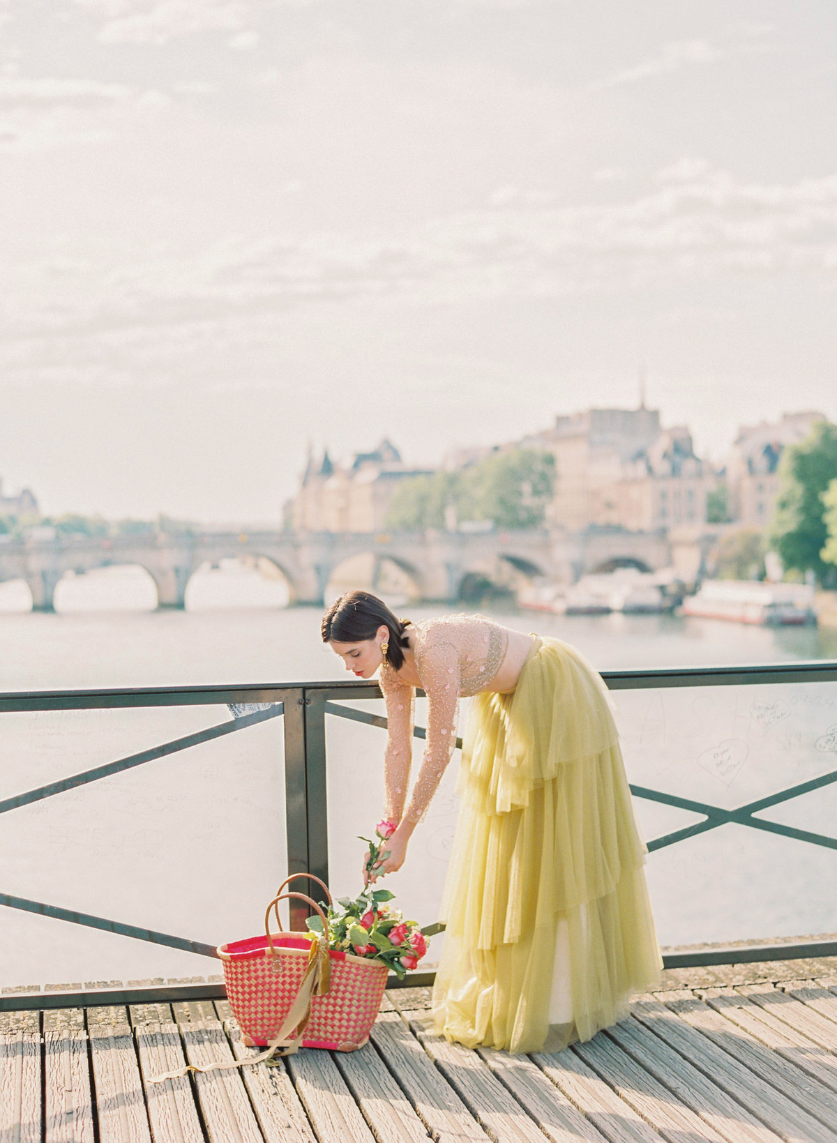 destination wedding photographer paris the lourve amelia soegijono 034