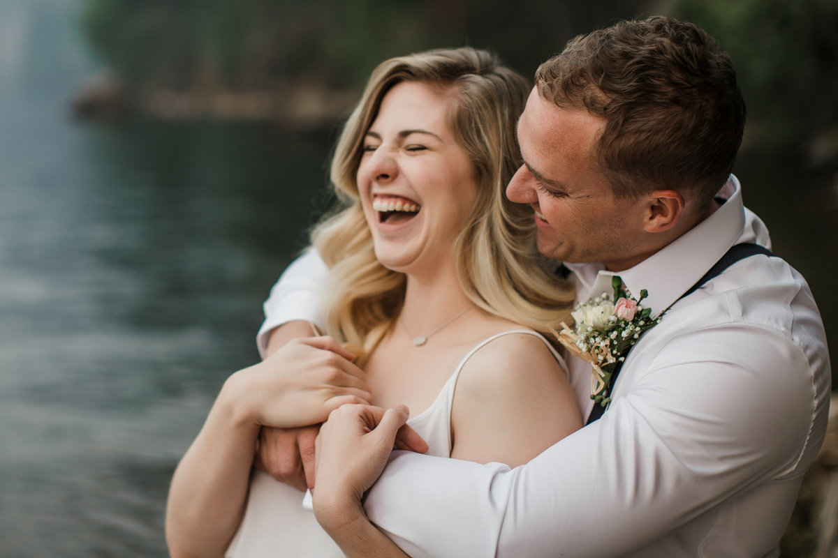 Lake-Cushman-Olympic-National-Park-Elopement-10