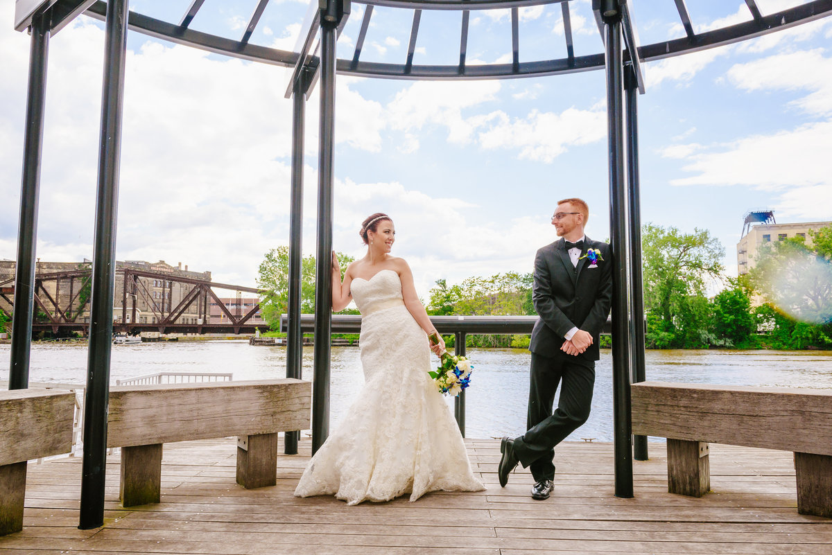 modern-milwaukee-wedding-the-paper-elephant-052