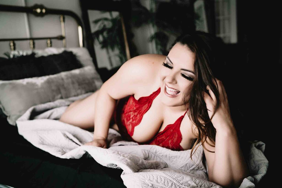 Curvy Boudoir Photography in Nashville -043