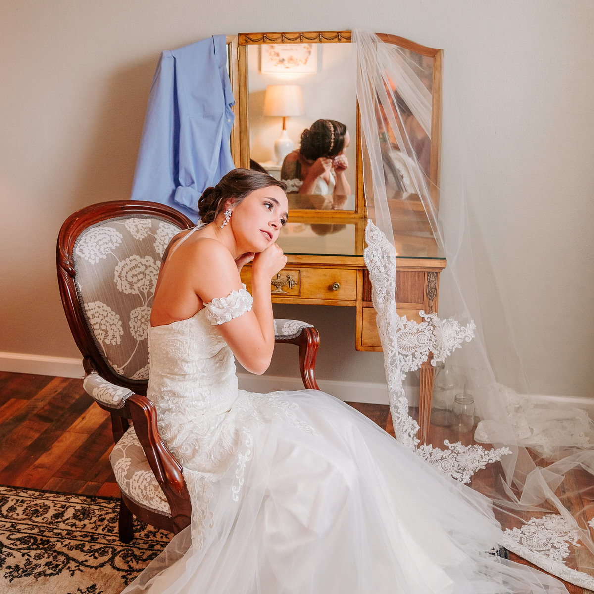 misty farm bride getting ready ann arbor mi
