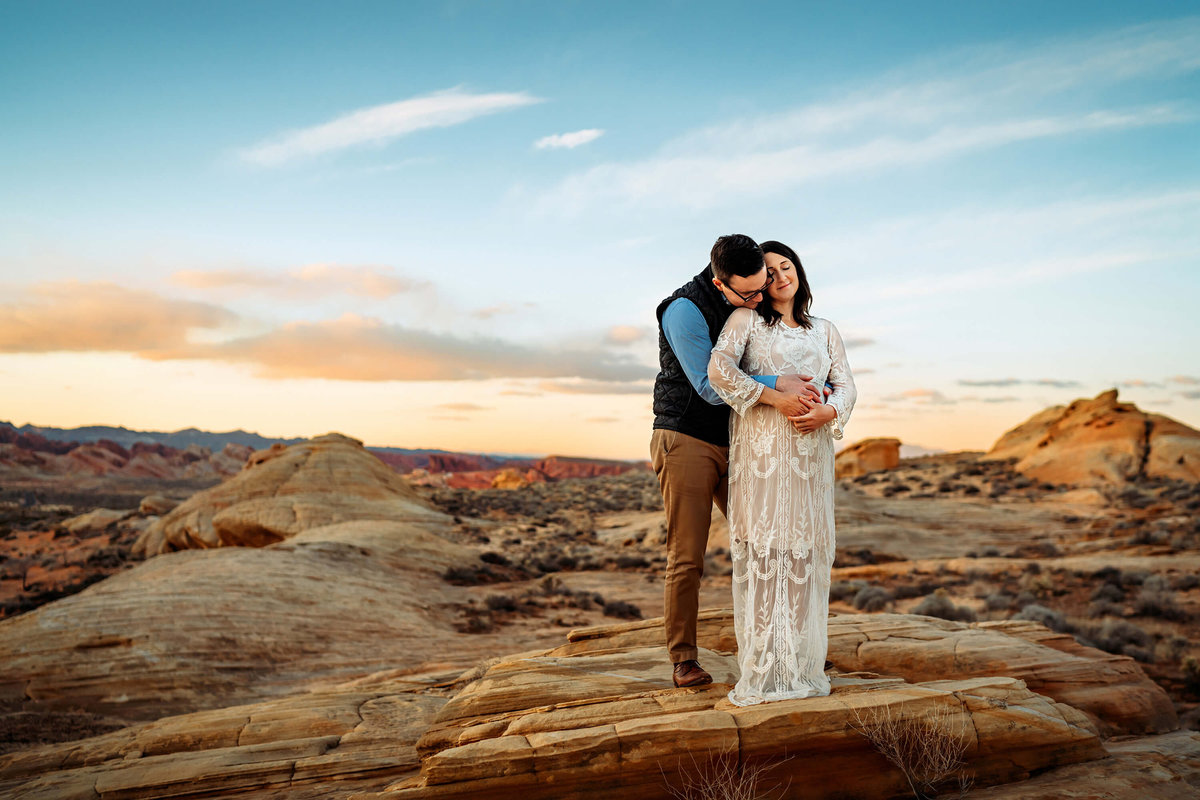 best-maternity-photographer-las-vegas