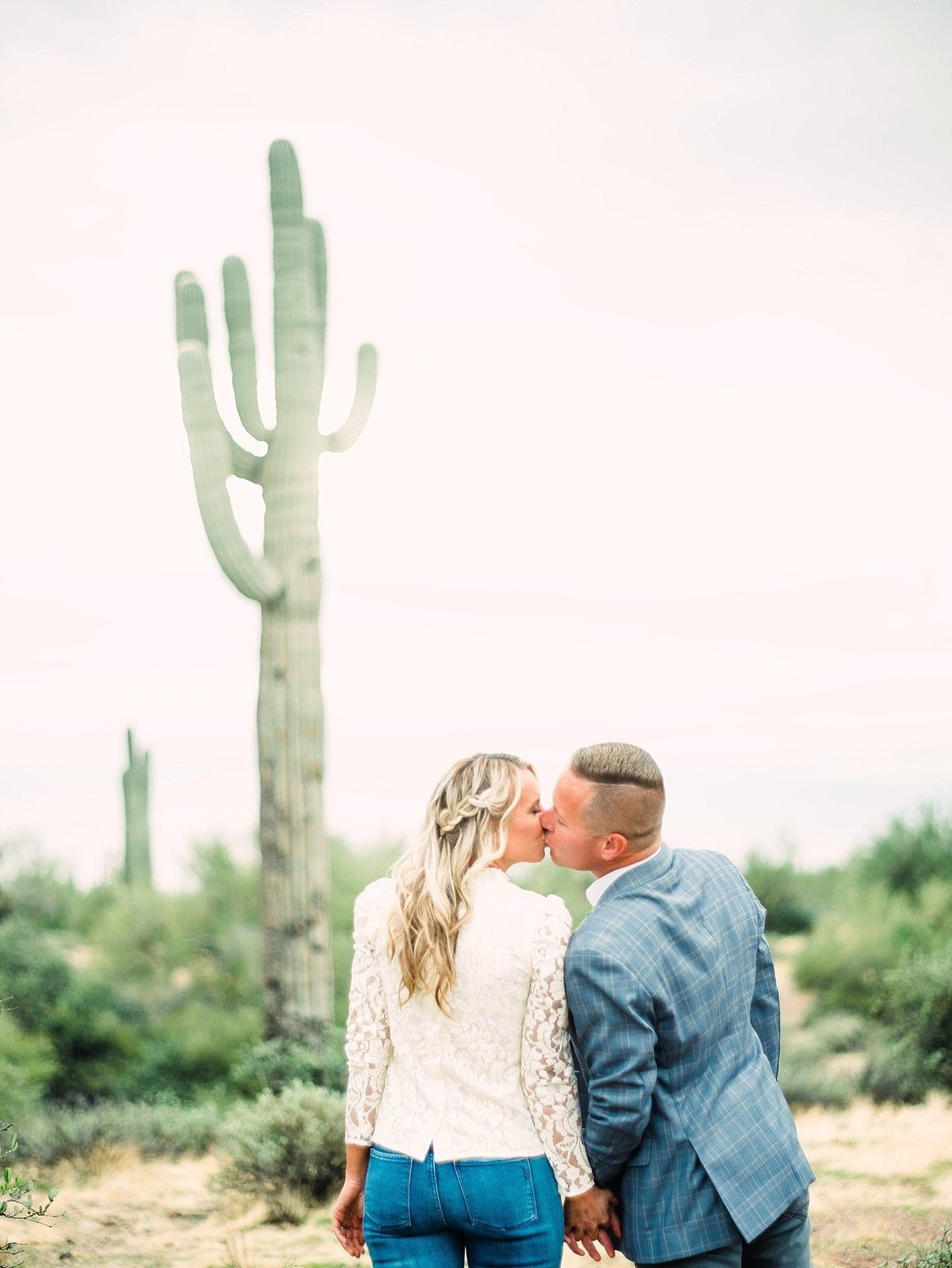 scottsdale-arizona-wedding-photographer-engagement-desert_0050