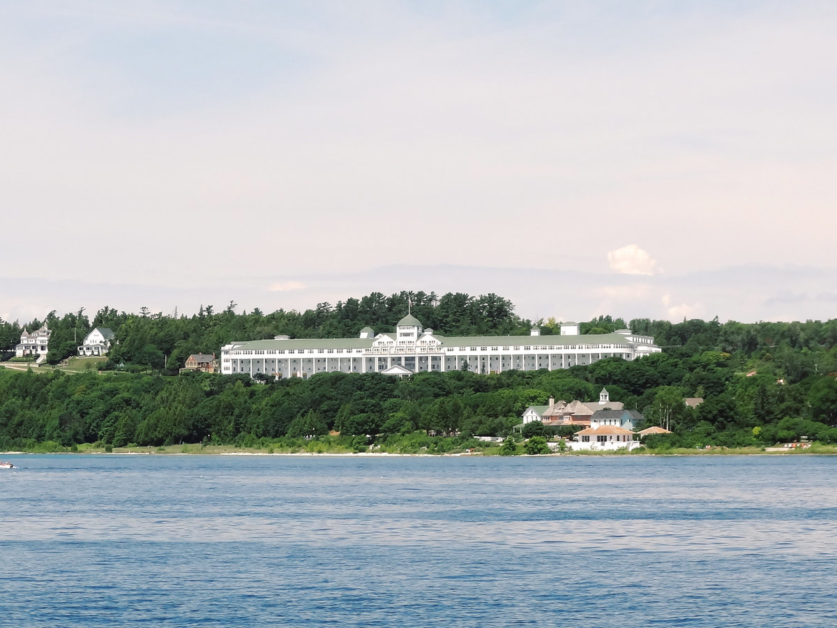 Mackinac Island Wedding - Debbie-1001