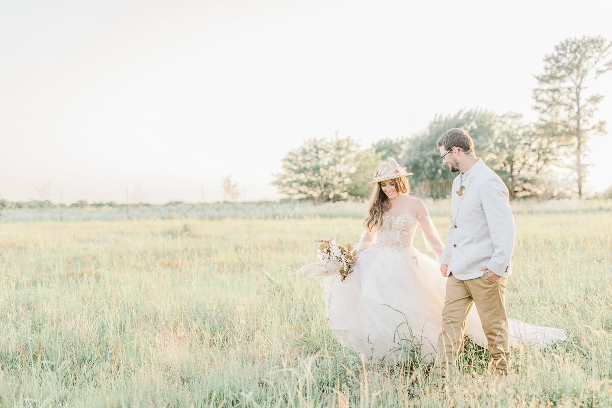 Dallas boho couple engagement session
