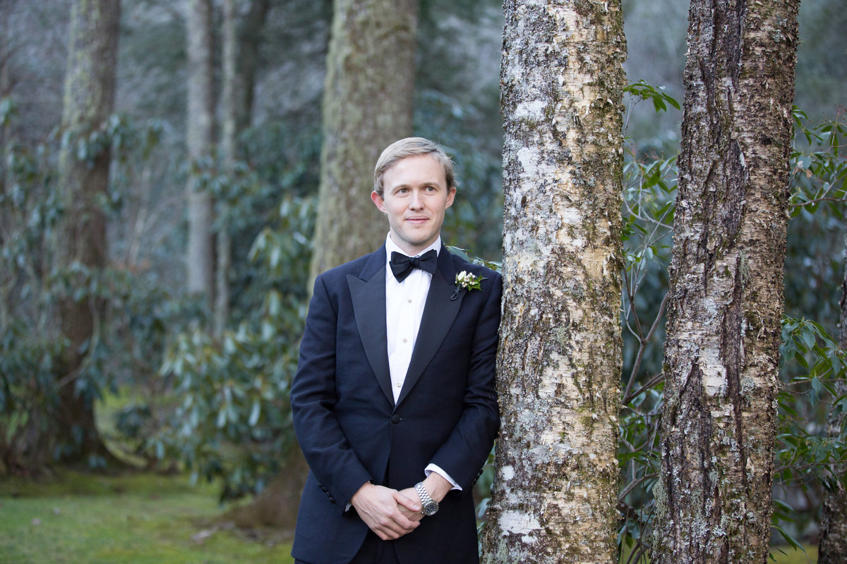 0033_Old-Edwards-Inn-Highlands-NC-Winter-Wedding