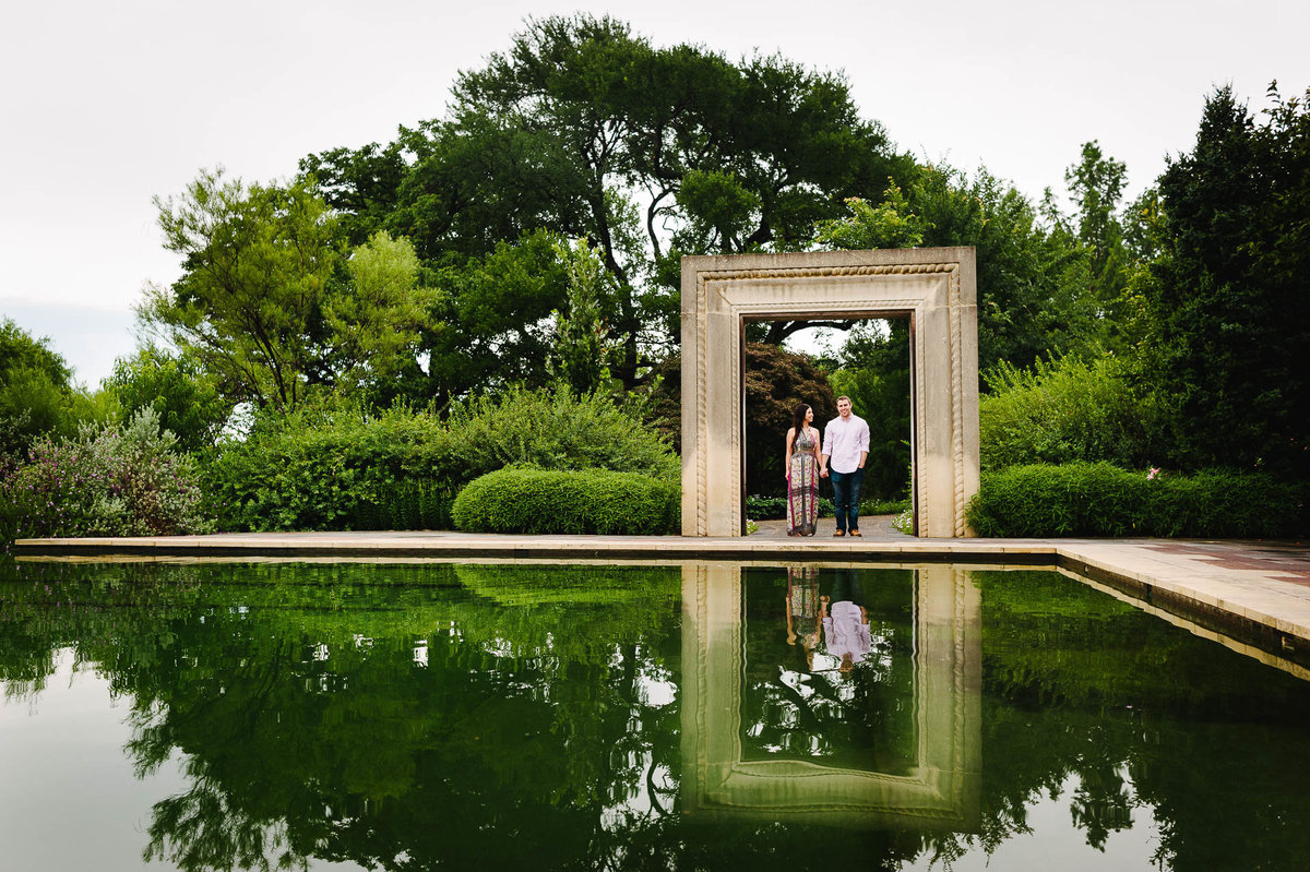 reflection of a couple at dallas arboretum