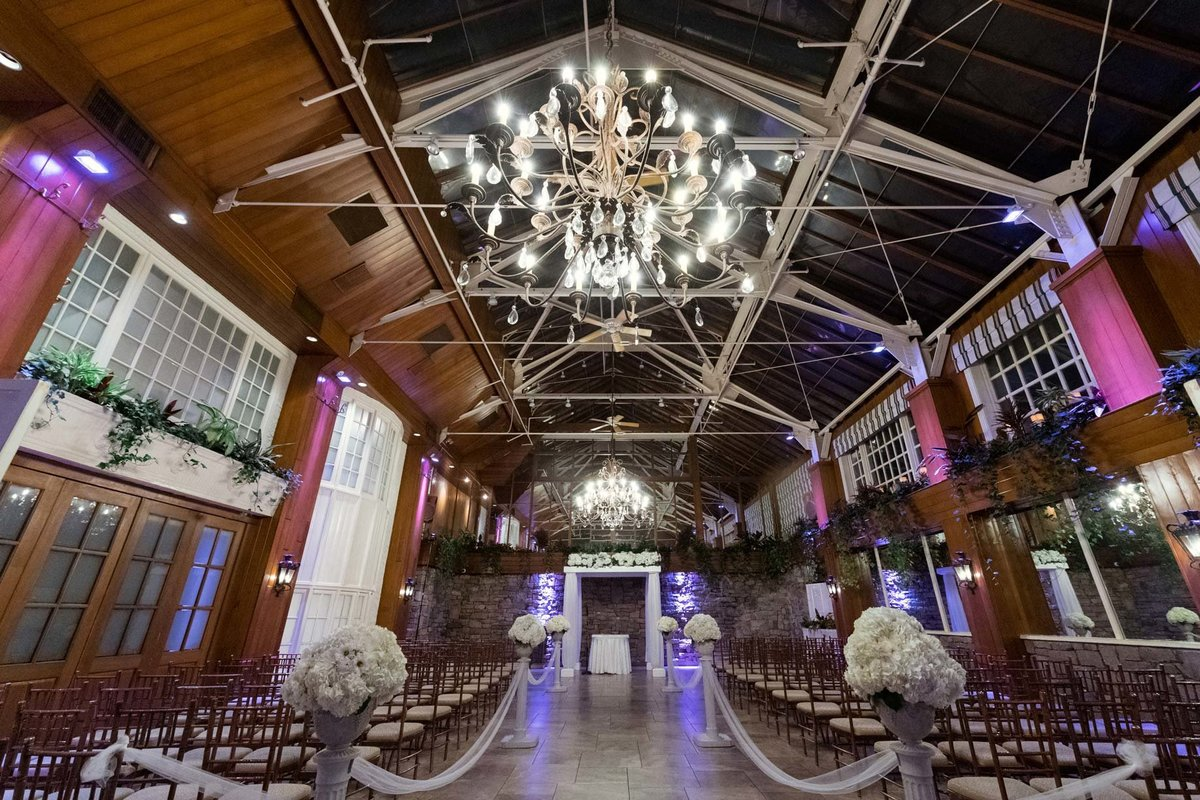 Fox Hollow indoor ceremony decor