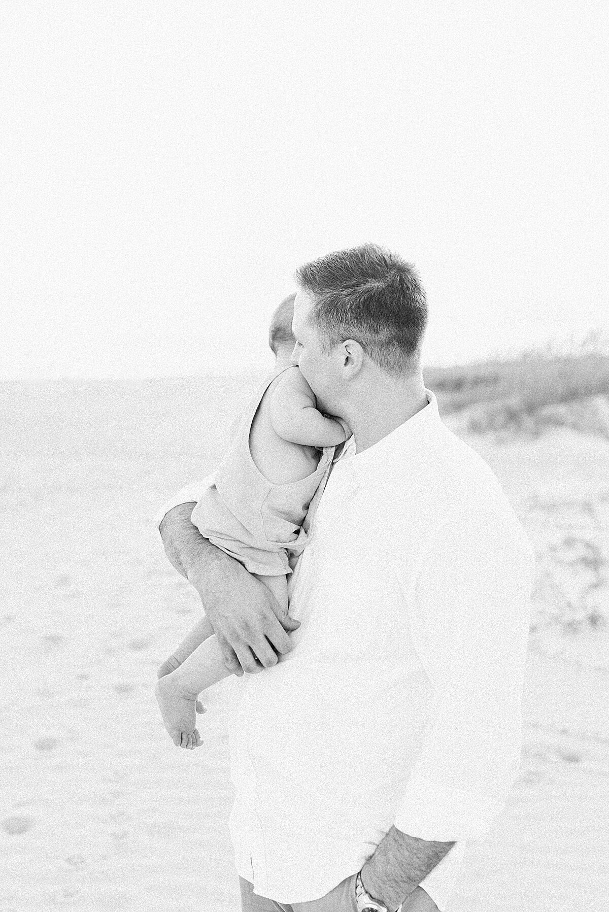 First-birthday-photoshoot-Isle-of-Palms-caitlyn-motycka-photography_0004