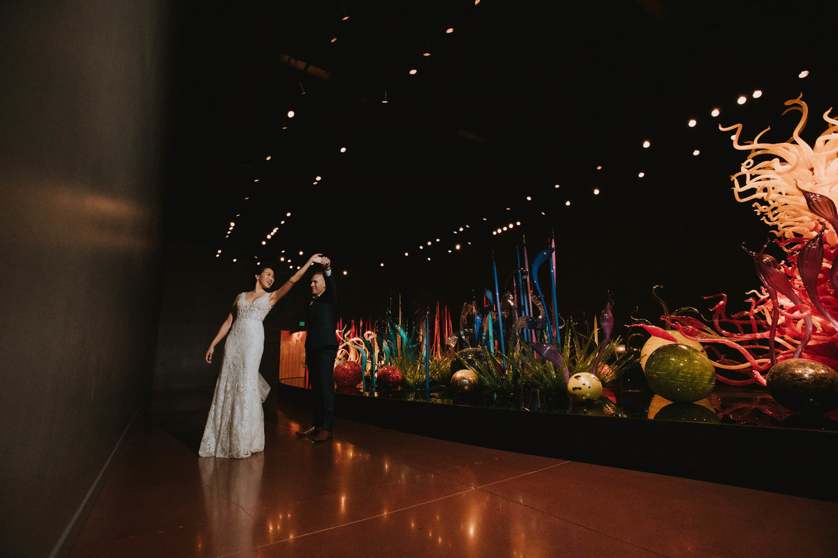 chihuly-garden-and-glass-wedding-sharel-eric-by-Adina-Preston-Photography-2019-391 2