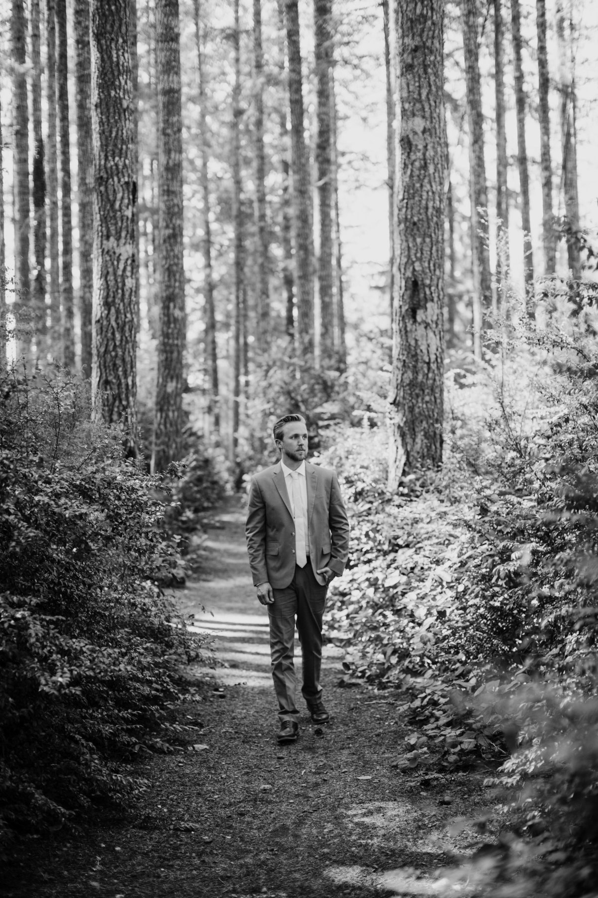 Seattle-Intimate-Backyard-Wedding-Seattle-Wedding-Photographer-7