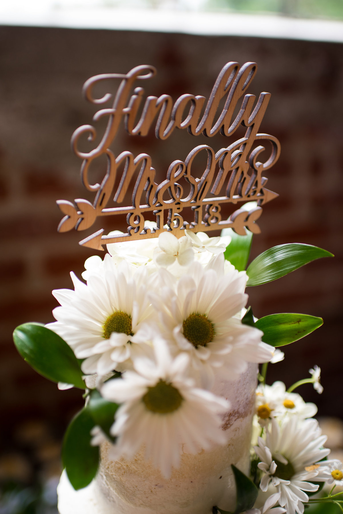 inn-at-the-old-silk-mill-september-autumn-floral-wedding-happy-to-be-events--0034