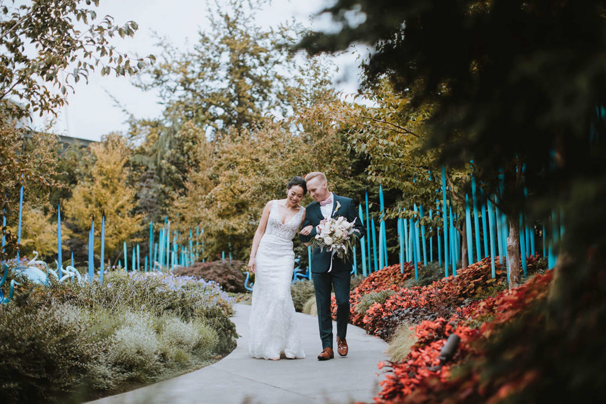 chihuly-garden-and-glass-wedding-sharel-eric-by-Adina-Preston-Photography-2019-191