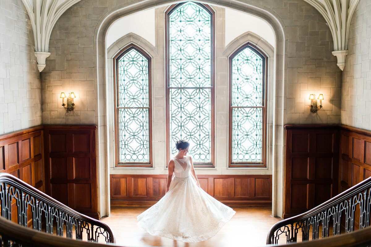 bride twirling at callanwolde fine arts center