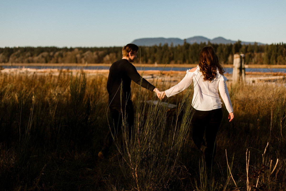 danika lee photography_kelowna vancouver okanagan summerland lake country wedding and elopement photographer candid film documentary colourful candid romantic dark and moody-535