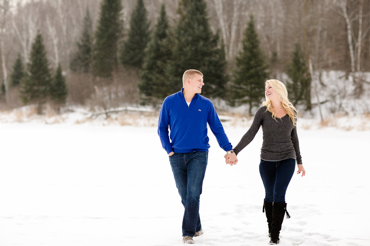 Minnesota winter engagement photos
