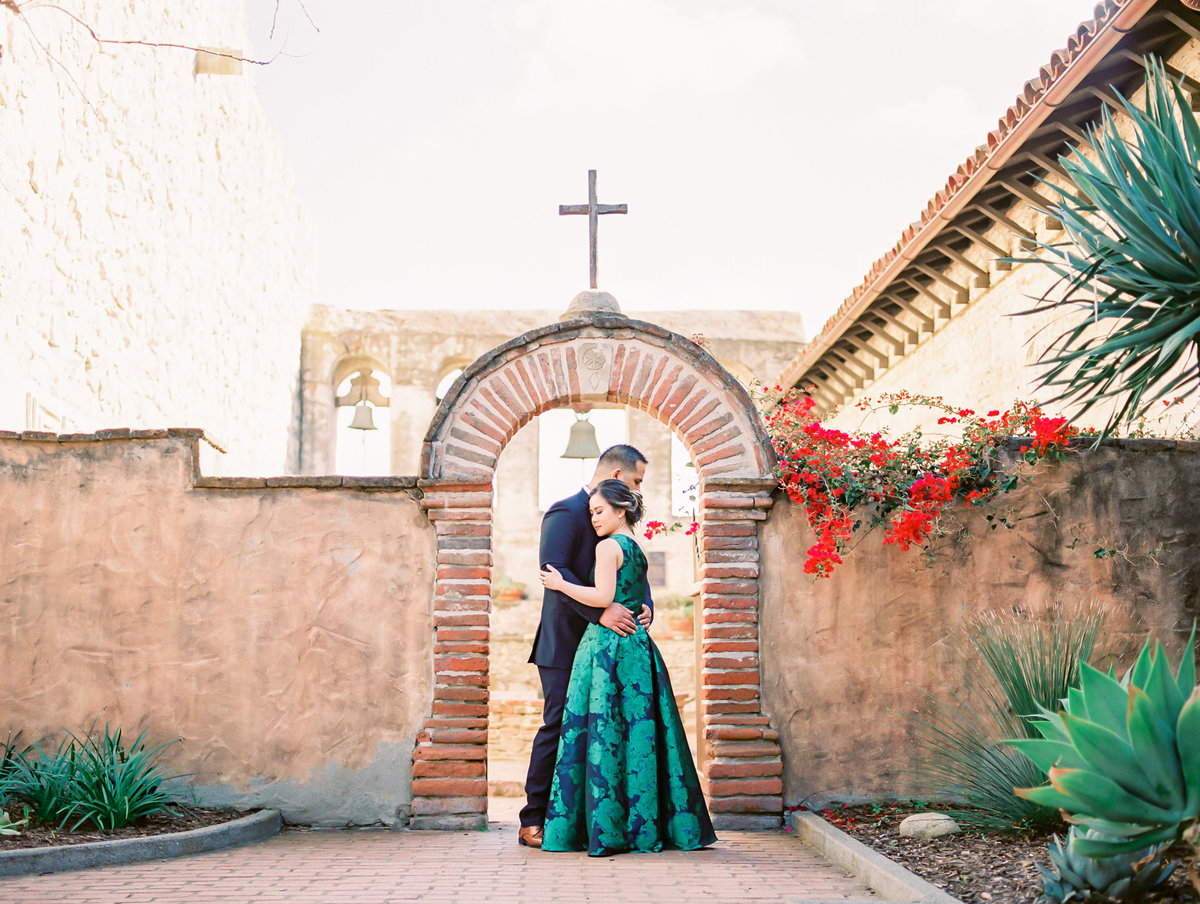 Babsie-Ly-Photography-San-Juan-Capistrano-Missions-Engagement-Session-Asian-Photographer-002