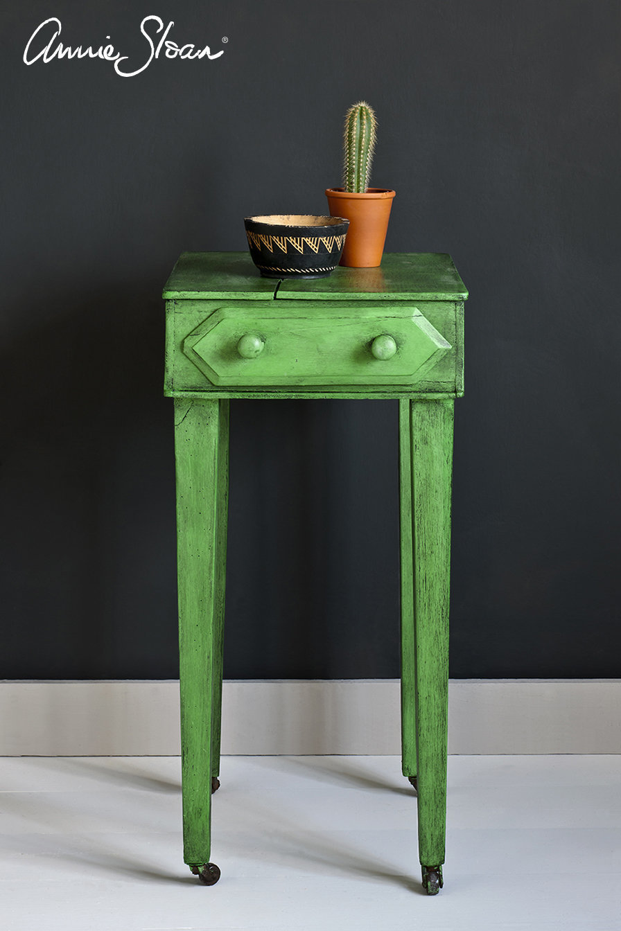 Antibes-Green-side-table-Black-Wax-Graphite-Wall-Paint-Image-1